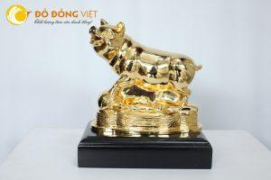 Tượng heo vàng – Quà tặng tết Kỷ Hợi 2019