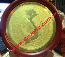 Đĩa khắc hình bản đồ Việt nam đồng ăn mòn – đĩa quà tặng