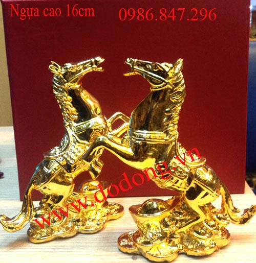 Tượng ngựa đứng ôm vàng cao 16cm đồng mạ vàng - 1,5tr/ con