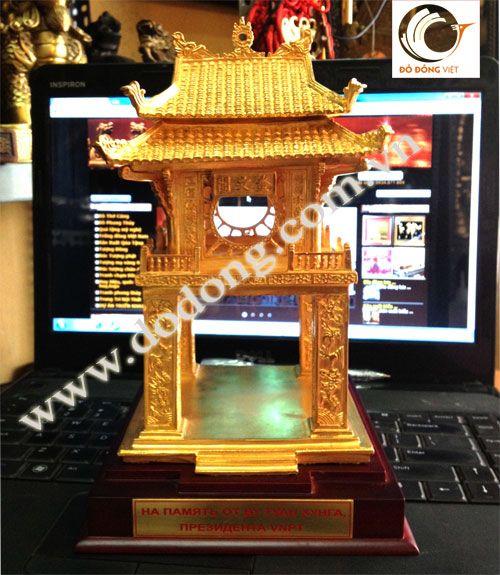 Cổng khuê văn các mạ vàng,khắc lời tặng - quà tặng khách quốc tế vip