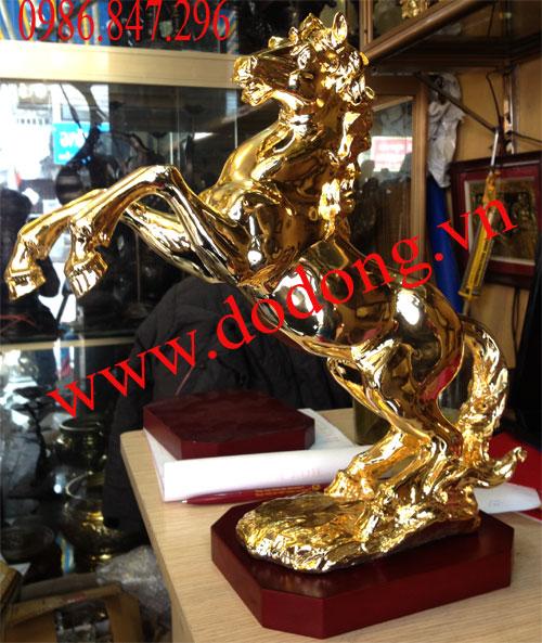 Tượng ngựa đồng đúc nguyên khối,mạ vàng 24k cao cấp