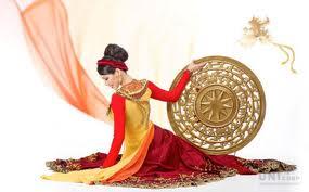 Chế tác nón hình trống đồng mạ vàng cao cấp – đồ đồng quà tặng