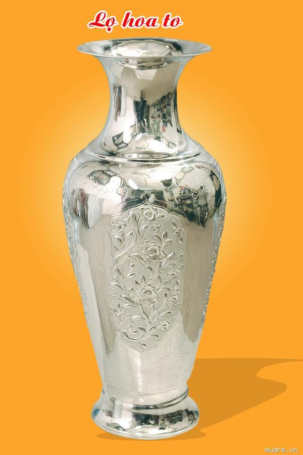 Đôi lọ hoa bằng bạc chạm hoa văn theo yêu cầu - quà biếu ý nghĩa