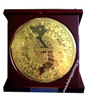 Biểu trưng gỗ đồng chữ s Việt nam – quà tặng doanh nghiệp