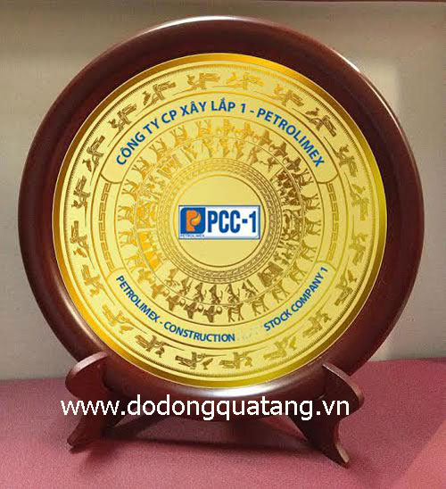 Sản xuất đĩaquà tặng doanh nghiệp bằng đồng theo yêu cầu