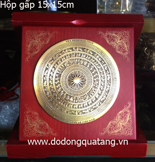 Hộp đĩa mặt trống đồng dk 10cm,hộp ấp 15x15cm gỗ màu cánh dán