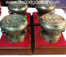 Sản phẩm lưu niệm trống đồng phi 13cm – trống đúc quà tặng