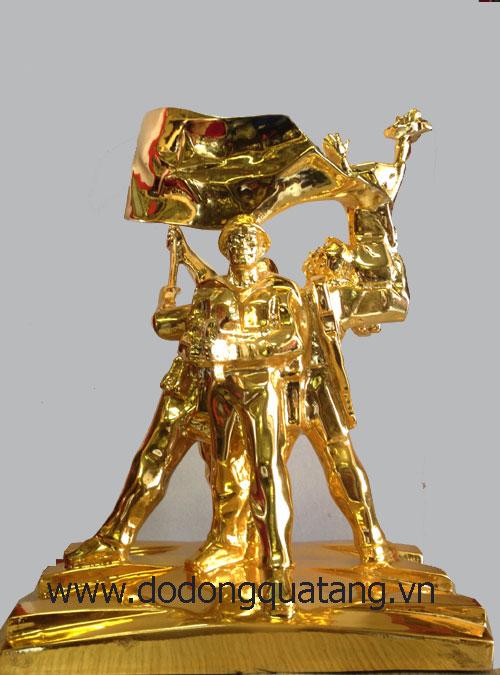 Đúc tượng đồng mạ vàng tượng đài điện biên phủ - cao 33cm