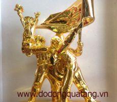 Tượng đài Chiến thắng Điện Biên mạ vàng – kỷ niệm 60 năm