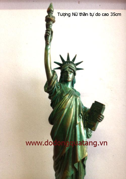 Tượng đúc đồng nguyên khối, mẫu mua từ Mỹ