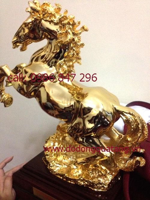 Ngựa phong thủy mạ vàng ca 50cm đúc nguyên khối
