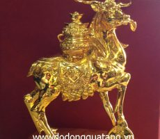 Tượng đồng tuần lộc mạ vàng 17cm – tượng mạ vàng