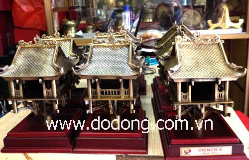 Đúc tượng đồng thu nhỏ lưu niệm mang nét văn hóa đặc trưng của Việt nam