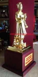 Qùa tặng tượng đồng đức thánh trần 25cm mạ vàng – đồ đồng việt
