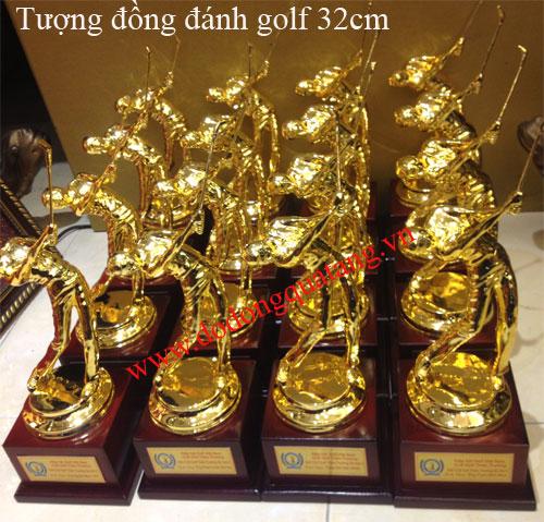 Nhận sản xuất cúp golf,tượng người đánh golf cho câu lạc bộ,giải đấu ý nghĩa,trang trọng