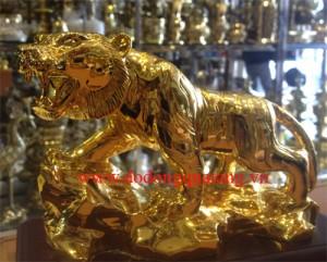 Hổ mạ vàng biểu tượng cho sức mạnh uy lực cho doanh nhân