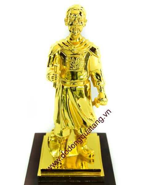 Tượng đồng Trần hưng đạo mạ vàng cao 25cm, đế gỗ 8cm