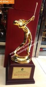 Cúp đồng golf Tam đảo mạ vàng 9999 30cm