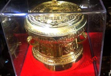 Cách chọn quà tặng văn hóa cho khách nước ngoài – đồ đồng quà tặng
