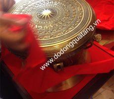 Trống đồng đông sơn 30cm đúc tinh xảo,quà tặng đồ đồng