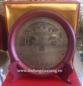 Mẫu biểu trưng đĩa đồng khuê văn các khắc lời tặng dk 12cm