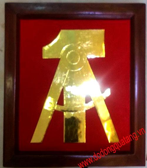 Đúc logo bằng vàng 9999,logo tổng cục kỹ thuật