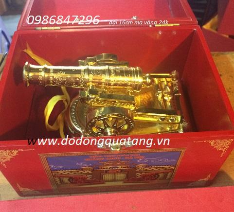 súng thần công mạ vàng