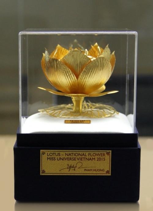 Bông sen vàng biểu tượng văn hóa Việt0
