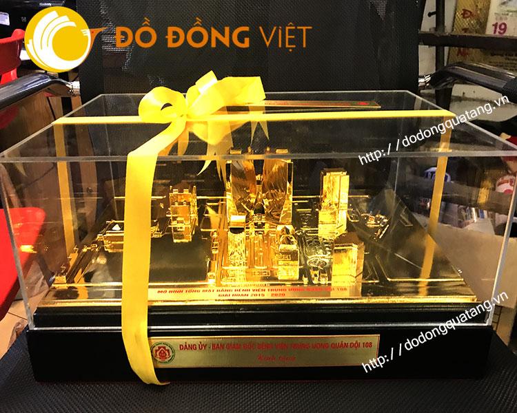 Mô hình tổng mặt bằng bệnh viện 108 bằng đồng mạ vàng 24k0