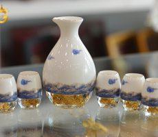 Bộ bình ly uống rượu bằng sứ pha lê đúc vàng