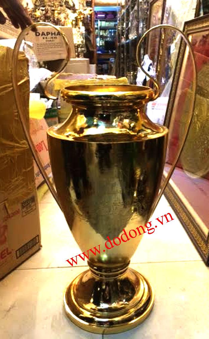 Cúp bóng đá C1 bằng đồng mạ vàng 24k0