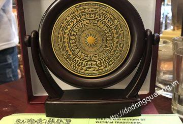 Bán đồ lưu niệm bằng đồng tại Hà nội