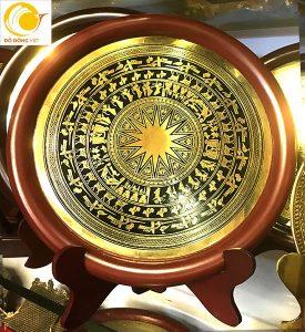 Các mẫu biểu trưng gỗ đồng ăn mòn đổ màu – đồ đồng lưu niệm