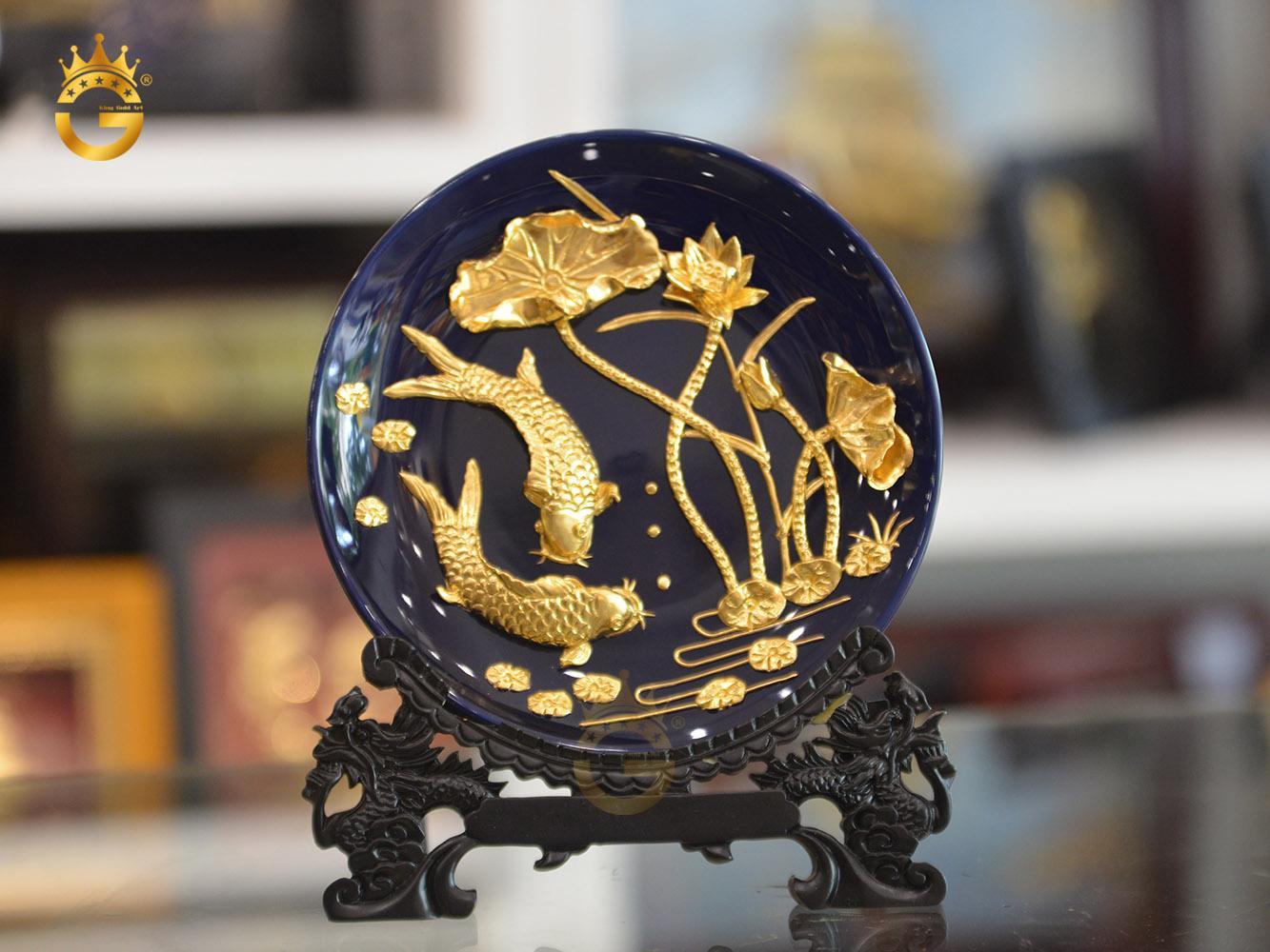 Đĩa vàng cá chép hoa sen đẹp tinh xảo- quà tặng đối tác kinh doanh0