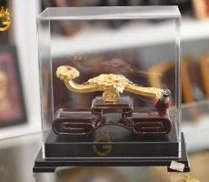 Gậy như ý bằng đồng mạ vàng 24k làm quà tặng độc đáo