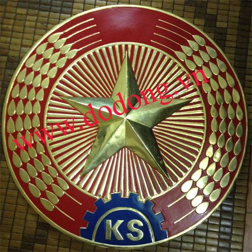 Công ty Đồ đồng Việt chuyên đúc huy hiệu, quốc huy bằng đồng0
