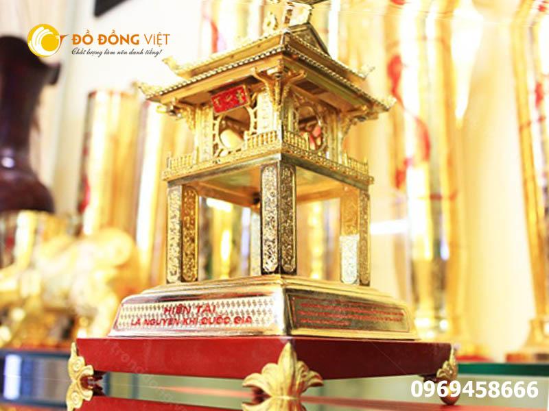 Khuê Văn Các bằng đồng mạ vàng 24k làm quà tặng cao cấp0
