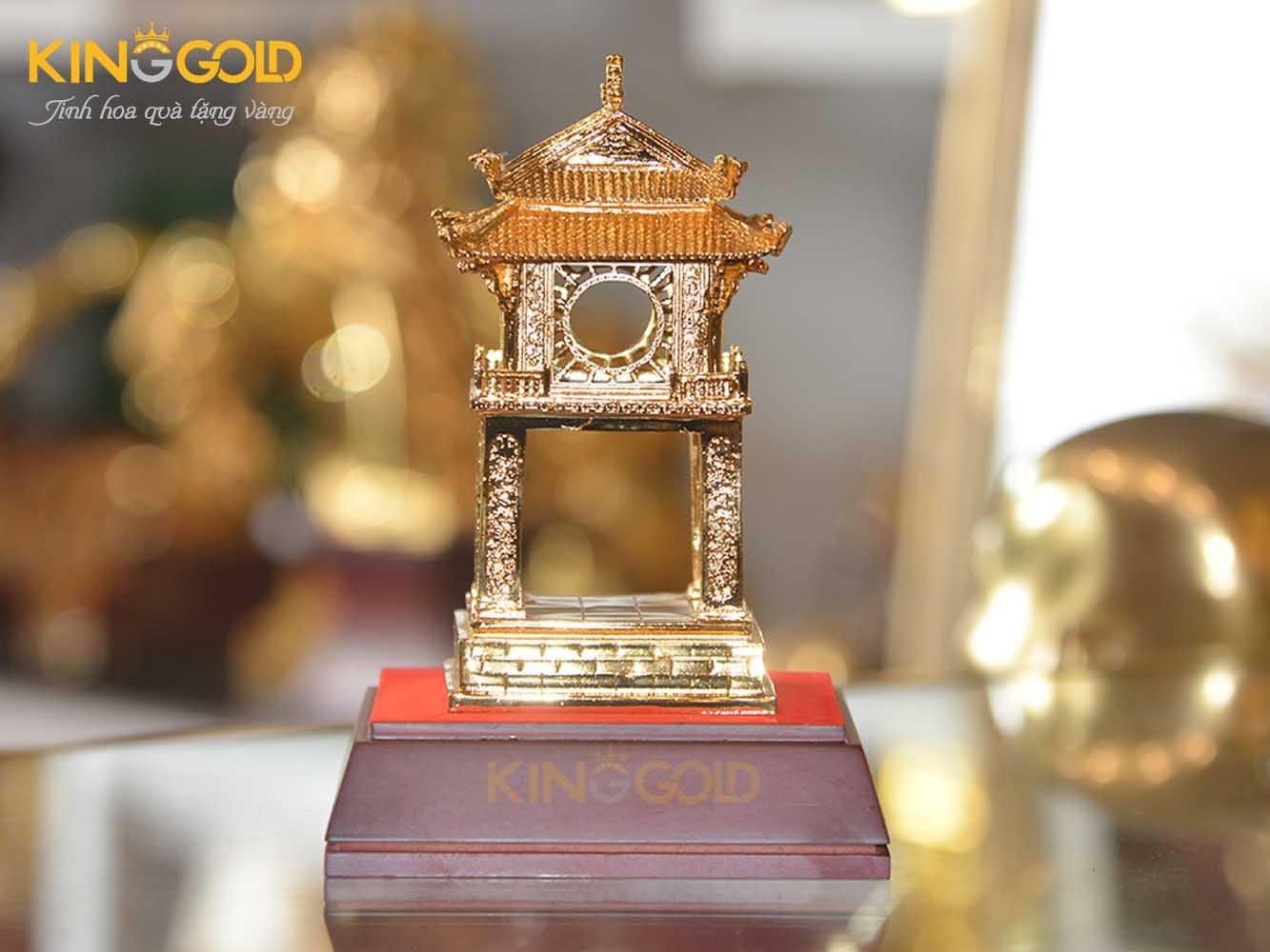 Khuê Văn Các bằng đồng mạ vàng 24k cao cấp0
