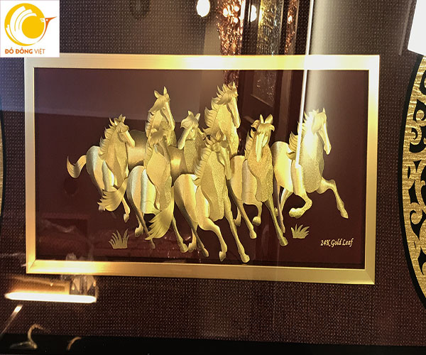 Tranh bát mã bằng vàng lá 3d khung 45x81cm