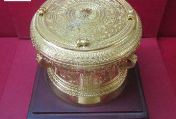 Trống đồng mạ vàng – Quà tặng lưu niệm ý nghĩa nhất
