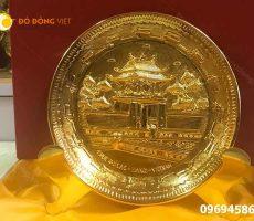 Quà tặng khách nước ngoài, đĩa đồng mô hình in trên mặt đĩa di tích chùa một cột