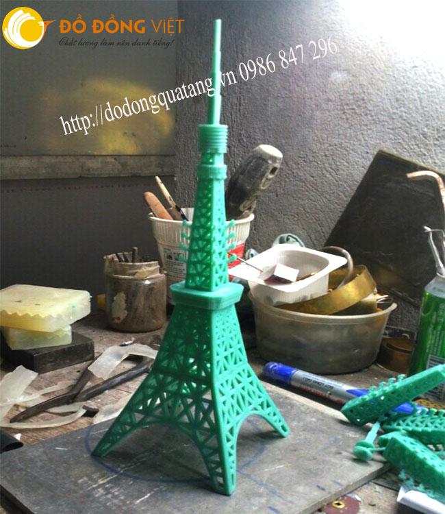 Mẫu tháp được các nghệ nhân chế tác từ bản sáp theo đúng tỷ lê,kích thước