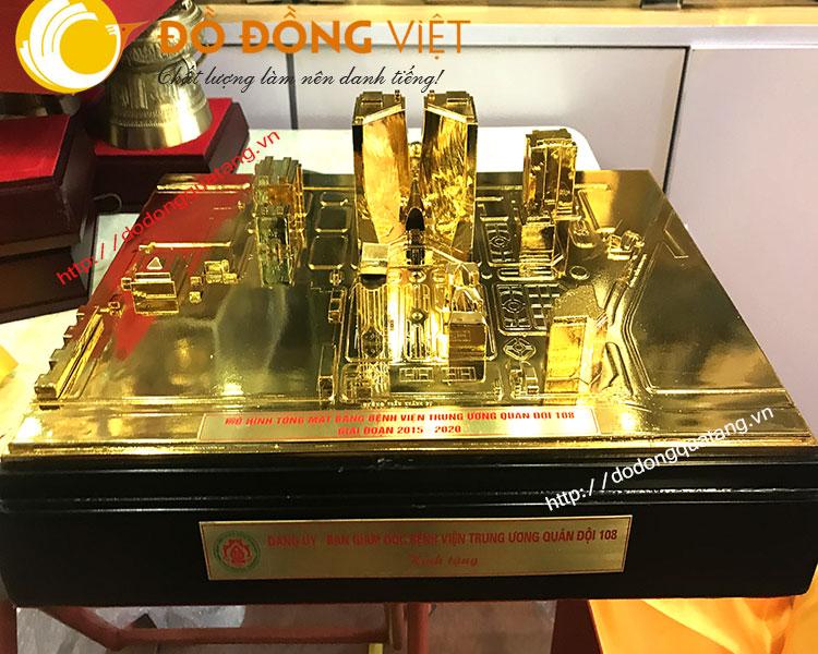 nhận chế tác mô hình tòa nhà bằng đồng,quy hoach mặt bằng thu nhỏ bằng đồng đúc tinh xảo,mạ vàng 24k cao cấp làm quà biếu tặng vip