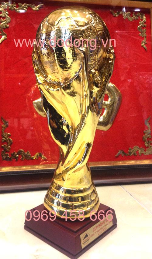 Cúp bóng đá thể giới đúc đồng mạ vàng 36cm0