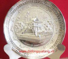 Đĩa đồng mạ bạc làm quà cho người nước ngoài ý nghĩa