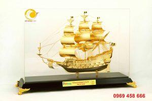 Qùa tặng tri ân nhà sáng lập,mô hình tàu buồm