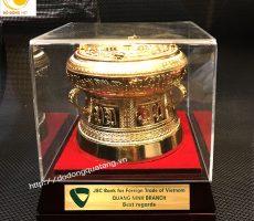 Trống đồng quà tặng dk 12cm mạ vàng – Vietcombank Quảng ninh
