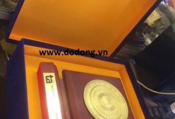 Đồ đồng Việt cung cấp quà tặng doanh nghiệp đẹp và độc đáo