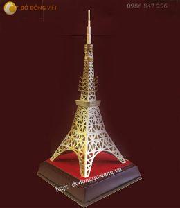 Tháp tokyo bằng đồng đúc 32cm, quà lưu niệm cột tháp truyền hình Nhật bản