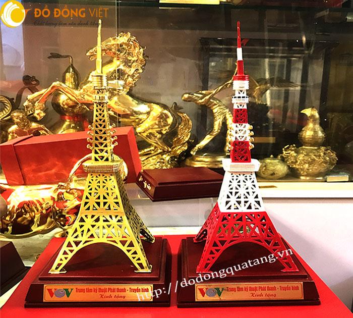 sản xuất tháp truyền hình mô hình nhro để bàn làm quà tặng lưu niệm đẹp và ý nghĩa